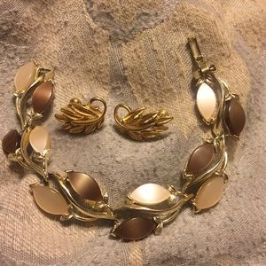Vintage thermoset bracelet, Napier earrings
